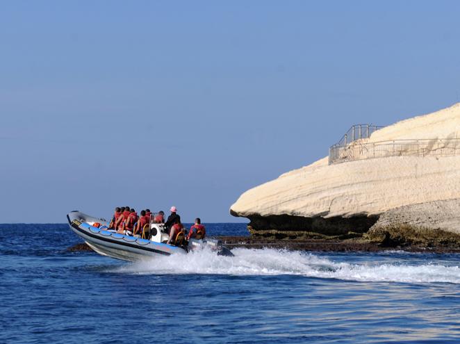 טרק ים אכזיב, שייט בסירות טורנדו