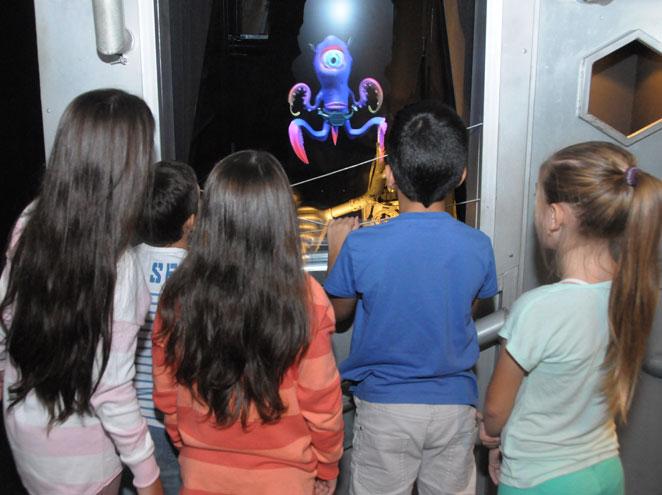 החייזרים - מוזיאון הילדים הישראלי בחולון