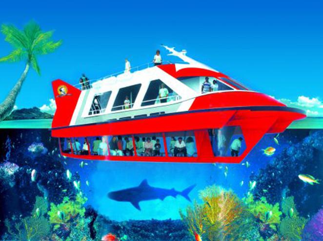ספינת זכוכית ז'ול ורן בחוף חנניה אילת