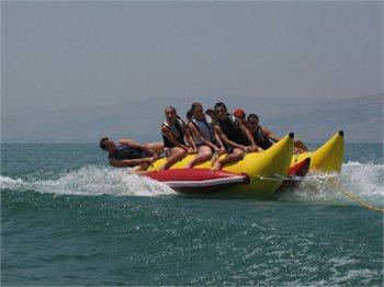 וויק אפ סקי סקול-ספורט ימי בכנרת