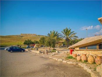 חניון קראוונים גן לאומי תל-ערד