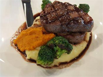 מסעדת ברוהאוס אגמון מרקט