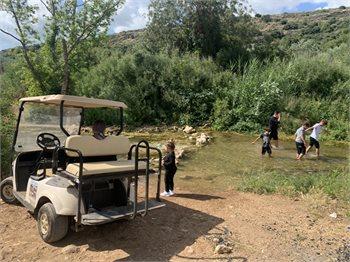 טיולי קלאב קאר בנחל כזיב - חוויה שנוגעת בטבע