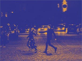 לילה בפריז - הצגת תיאטרון הקאמרי