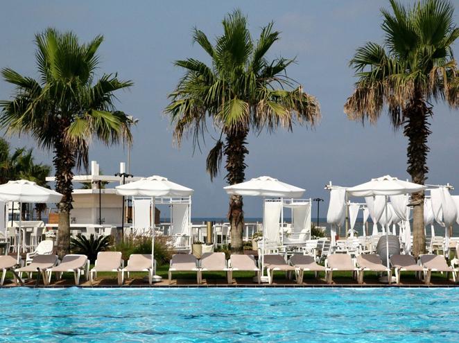 ספא מלון חוף התמרים