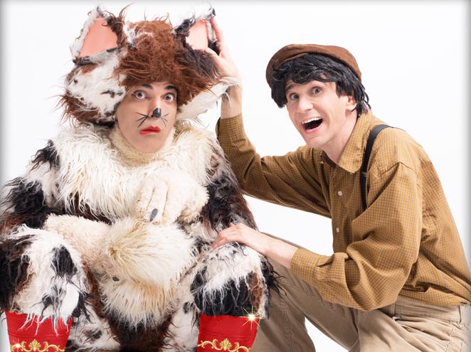 """החתול במגפיים הצגה בתיאטרון הפארק בגני יהושע ת""""א"""