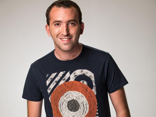 דניאל אסייג במופע סטנד אפ בבית ציוני אמריקה