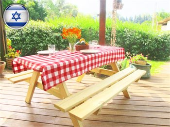 """שולחן פיקניק קק""""ל מעץ מלא לאירוח במרפסת או גינה"""