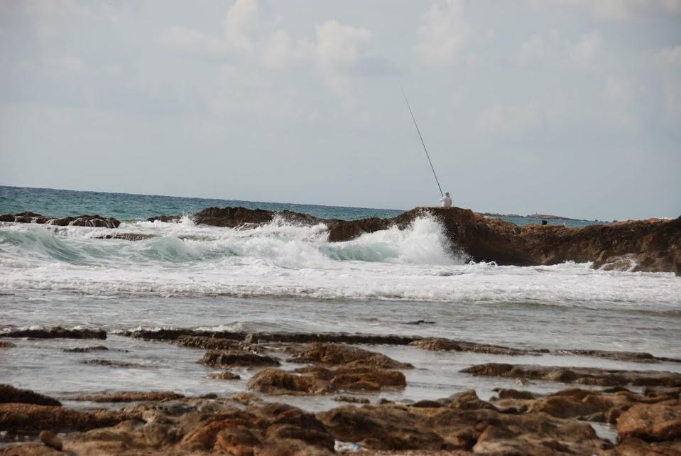 חוף אכזיב - לטייל בחוף היפה בישראל